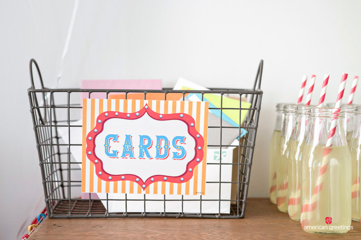 carnival party card basket