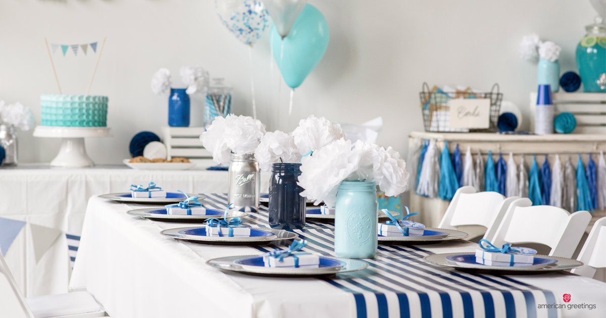 Blue anniversary party decor