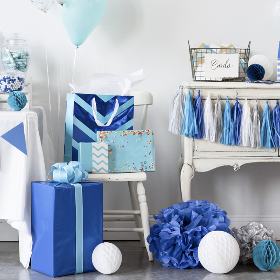 Blue Party Gift Table