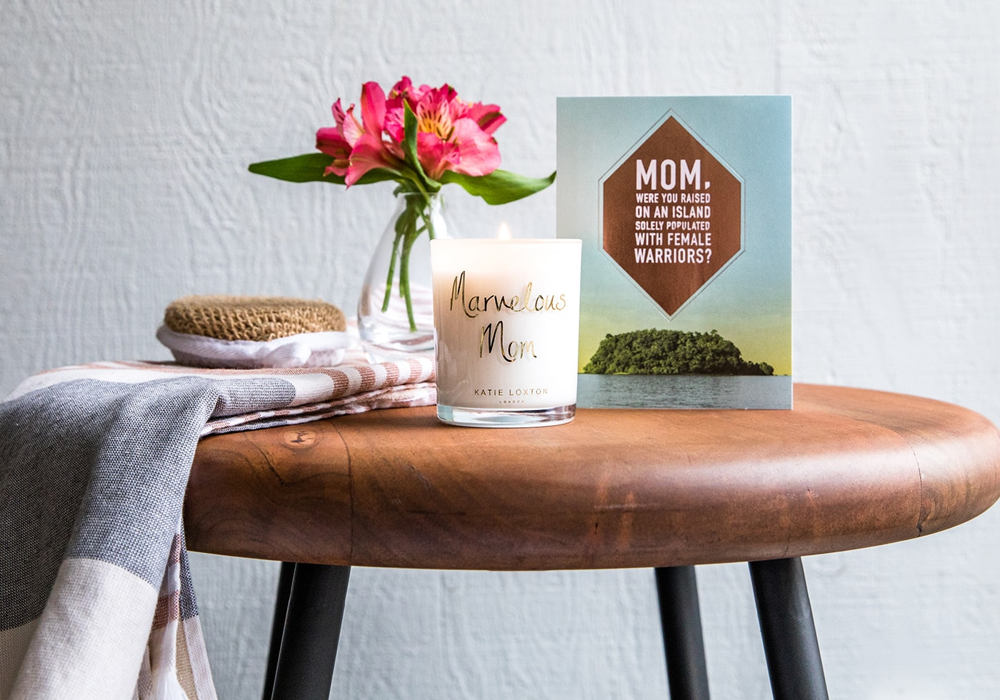 Marvelous Mom candle and card