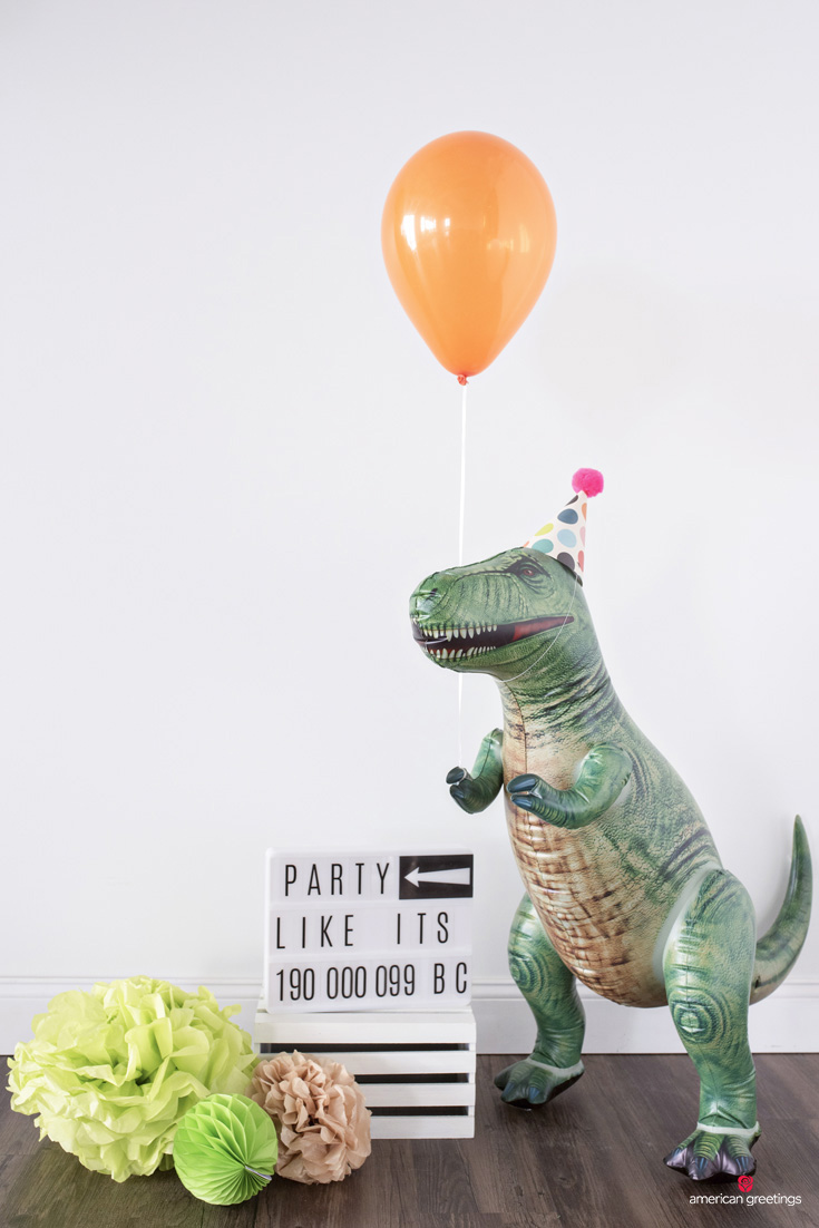 Dinosaur Birthday Party Gift Table