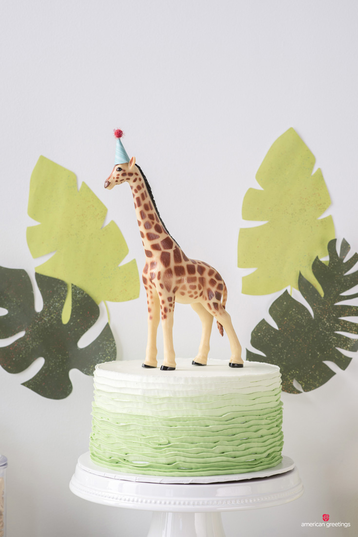 Jungle party birthday cake