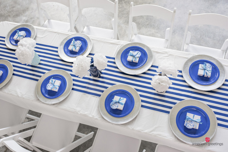 Dining Table Decorations for a Blue Birthday Party