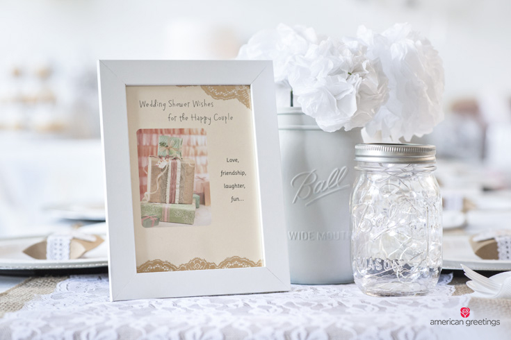 White themes table setting ideas with wedding card
